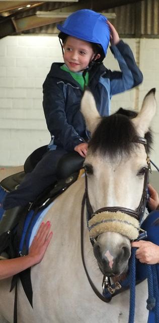 Riding-Fionn