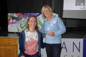 sophie-with-sue-turok-from-samber-who-won-volunteer-of-the-year-2